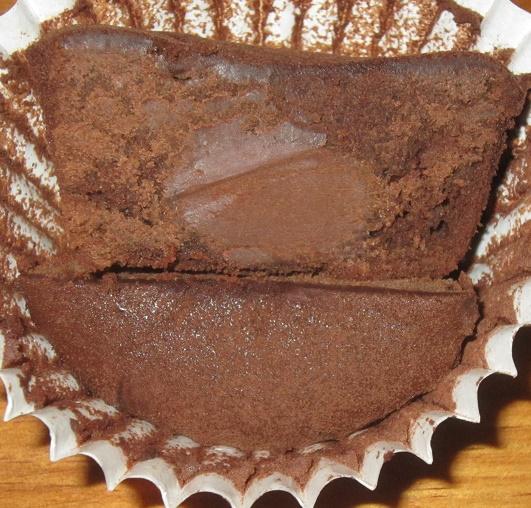 スイーツ-とろける生チョコのフォンダンショコラ