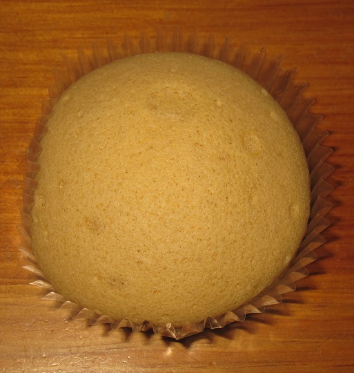 クリームを味わうキャラメルクリームのスフレケーキ3