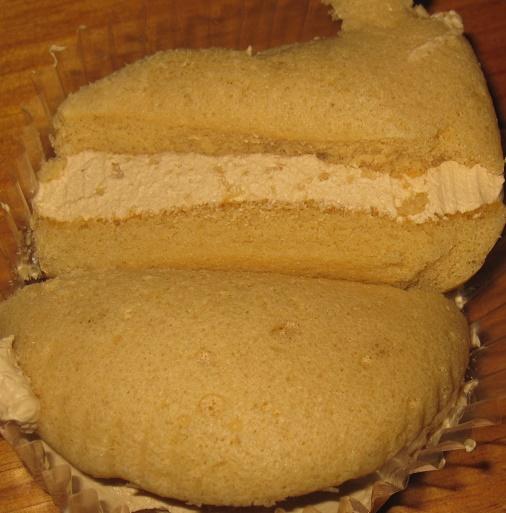 クリームを味わうキャラメルクリームのスフレケーキ4