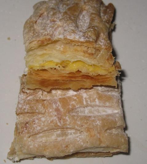 バター香るカスタード&ホイップパイ4