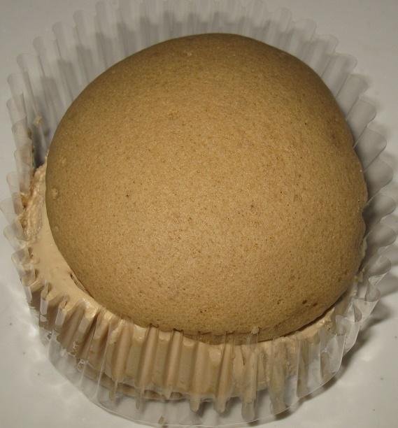 クリームで味わうモカコーヒークリームのスフレケーキ3