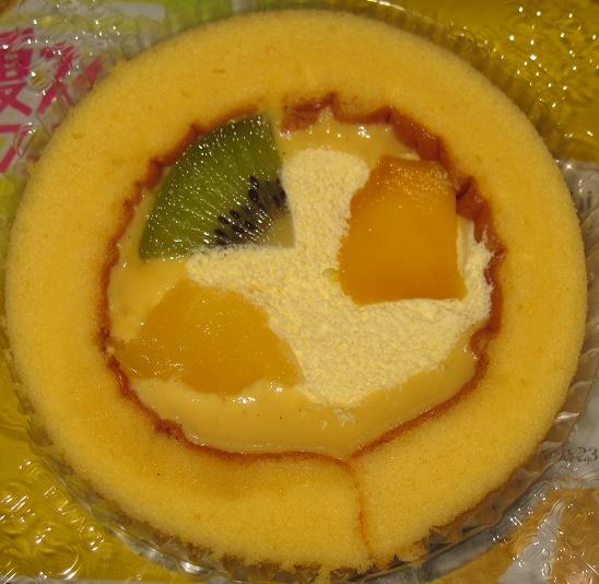 プレミアムフルーツロールケーキ3