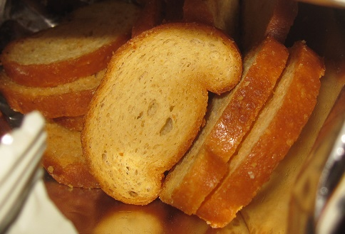 北海道産チーズを使ったこんがりラスク3