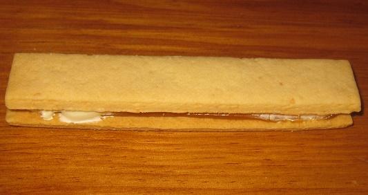 スティックケーキ本格キャラメルのバターサンド3