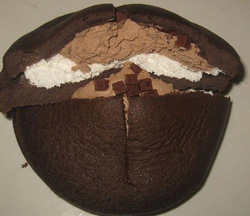 ダブルクリームサンド(生チョコクリーム&ホイップ)4