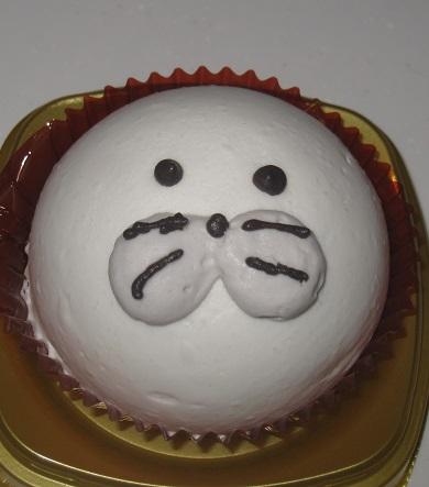 あざらしムースケーキ(チーズヨーグルト&マンゴー)