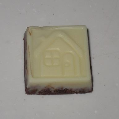 チロルチョコ(ココナッツクッキー)