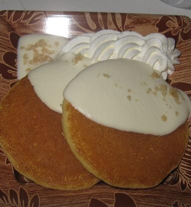 ふんわりパンケーキ(ココナッツソース添え)
