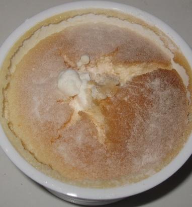 クリームたっぷり生チーズスフレ