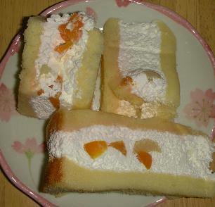 桃のトルテケーキ
