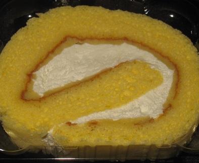 バニラが濃い!ロールケーキ