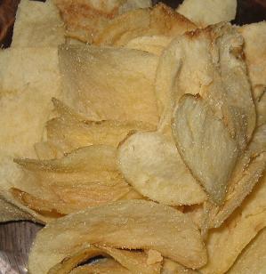 ポテトチップス(塩キャラメル味)
