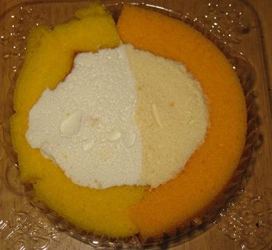 スプーンで食べるプレミアムロールケーキ(ハーフ&ハーフ)高知県産ゆず 香川県産小原紅みかん