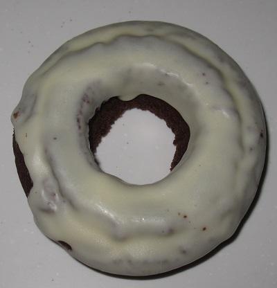 ホワイトチョコドーナツ