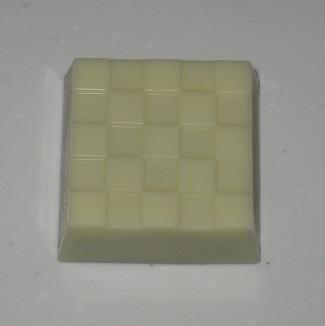 チロルチョコ(ミルク大福)